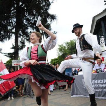 Lima: 200 artistas participan desde hoy en festival mundial de folclore